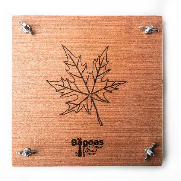 Prensa de madera para hojas visto desde arriba