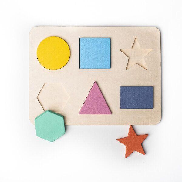 Puzzle de formas geométricas frente