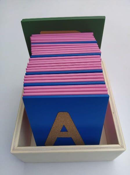 caja de madera letras lija todas