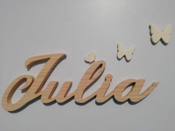 Nombres en madera Julia natural