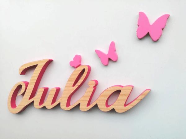 Nombres en madera Julia borde